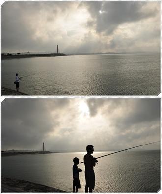 海中道路で釣りをするハリセンボンさん