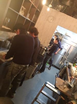 キッチンにて。