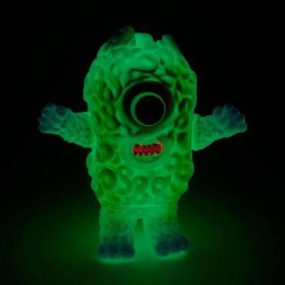 たのしい怪獣展ムゲン蓄光の画像