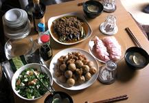 茄子挽肉あんかけ、鯛、鶏と里芋にっころがし、お吸物