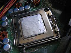 パソコン シリコングリスの塗り方7