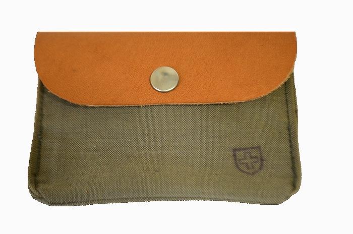【ミリタリー雑貨】実物スイス軍の素材を使用したラウンド型のコインケース・カードケース 男女兼用 USEDリメイク品