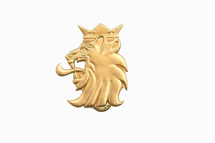 フィンランド軍 即応部隊用徽章バッジ・ゴールド 未使用、新品の商品画像