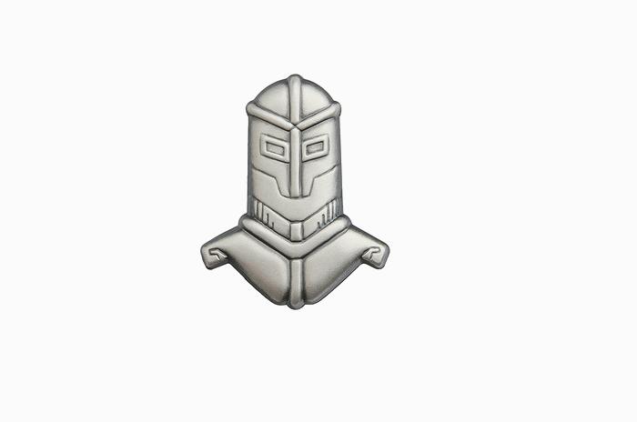 フィンランド軍 Armoured Brigade(装甲旅団用)金属製 徽章バッジ 未使用・新品の商品画像