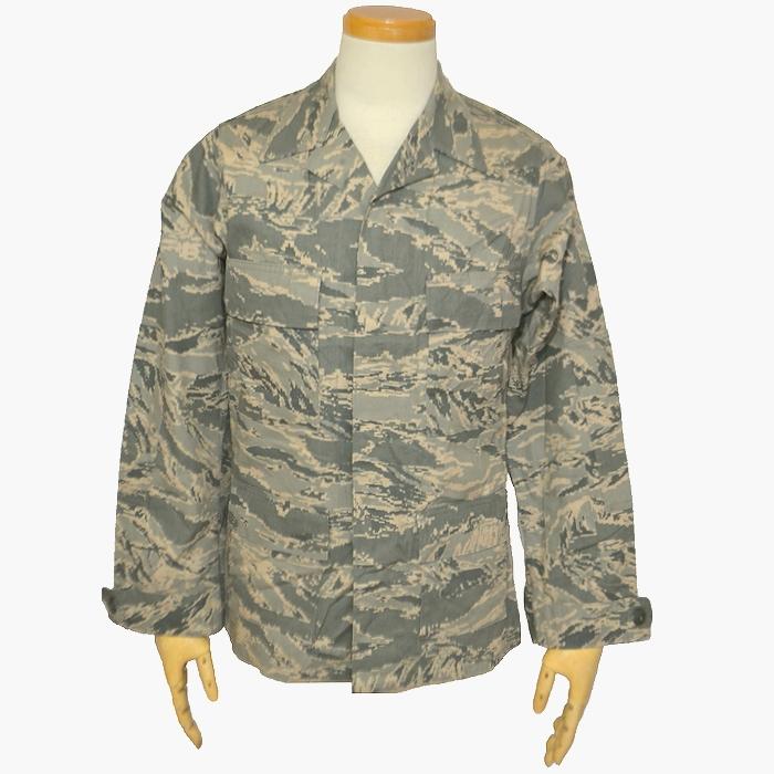 アメリカンアパレル社製 米空軍(USAF) ABUジャケット デジタルタイガーカモ Sサイズ USED品の画像