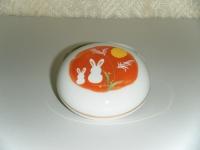 月見兎 丸香合 1596円
