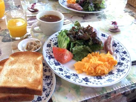 ペットと泊まれるペンション 軽井沢 リンデンバームの朝食