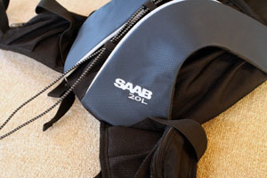SAAB 9-3 バックパックアップ