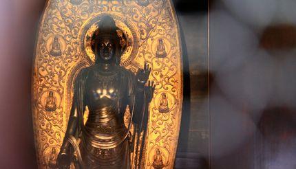 国宝聖観音菩薩像