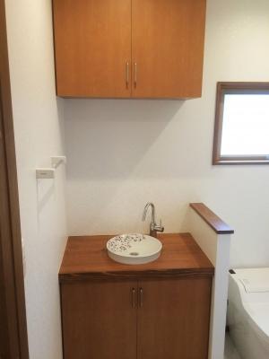 1階トイレ 造作手洗い.jpg