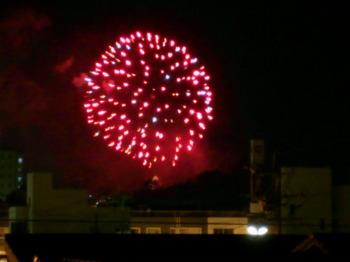 日田の川開き観光祭前にあがった大きな花火|大分県日田市の風景