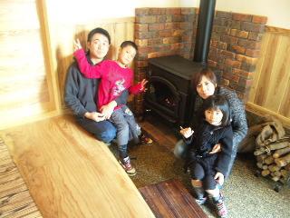 福岡県筑後のK様の住宅|マキストーブで家族団欒