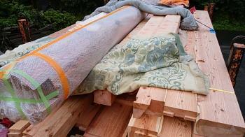 材料積み込み|福岡県田川市の木造りの家