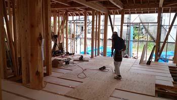 福岡太宰府の只今建築中へ!|床・壁・天井すべて自然素材の健康住宅