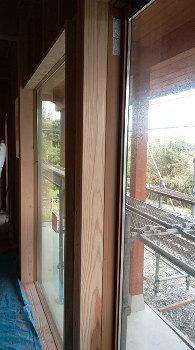 高断熱のサッシ|別府湾の眺望と自然を楽しむ平屋建ての住まい