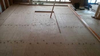 手作り掘りごたつ|吹き抜けのあるオープン空間で家族がつながる住まい-福岡県西区-