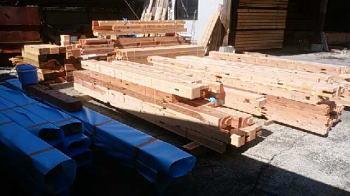 積み込み|大分県日出町の木造の家