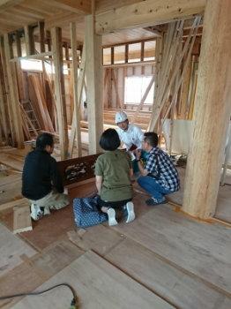 既存欄間の打ち合わせ 3世代で暮らしを楽しむ家族団らんの家 -大分県日田市-