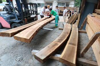 玄関カマチ|福岡県太宰府市の木造りの家