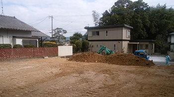 建築前の造成工事!|玄関・浴室を共有 限られた敷地に実現した二世帯住宅-福岡県太宰府市-