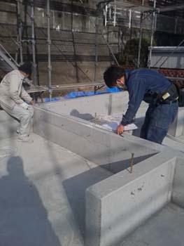 土台敷き|玄関・浴室を共有 限られた敷地に実現した二世帯住宅-福岡県太宰府市-