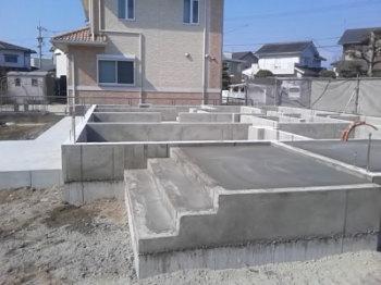 基礎工事|最高ランク耐震等級3!安心で広々大空間の住まい-福岡県久留米市-