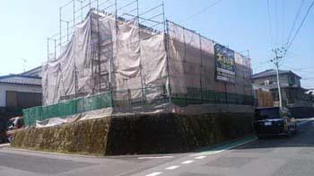 現場より|セルロースファイバーを採用!吹抜けのある長期優良住宅-福岡県筑紫野市-