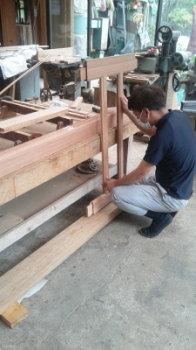 手作り建具|玄関・浴室を共有 限られた敷地に実現した二世帯住宅-福岡県太宰府市-