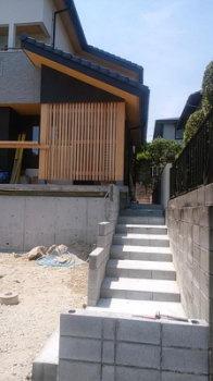 完成に向けて|玄関・浴室を共有 限られた敷地に実現した二世帯住宅-福岡県太宰府市-