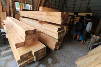 我が家の構造材見学 暮らしの変化にも対応 健康を考えたシンプルな住まい-大分県日田市-