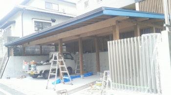 太宰府ガレージ|玄関・浴室を共有 限られた敷地に実現した二世帯住宅-福岡県太宰府市-