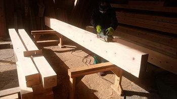 大梁材の研磨|福岡市早良区の木のリノベーション