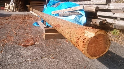 柱と梁加工中|熊本県菊池市の木造りの家