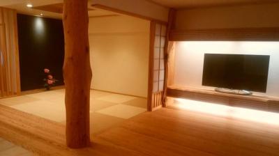 お客様を博多ショールームへご案内|木造りの家フォーユー