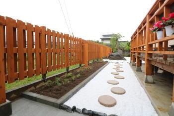 外構|福岡県糟屋郡の木造りの家