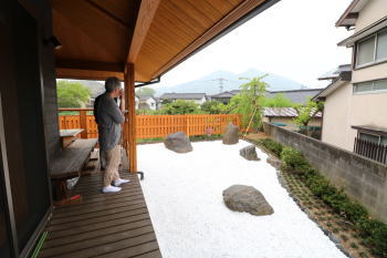 ガーデン|福岡県糟屋郡の木造りの家