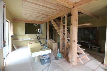 現地での打ち合わせ|大分県日出町 リフォーム・リノベーション 木造りの家フォーユー