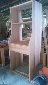 洗面台横の収納仮組み立て!|大分県日出町の木のリノベーション