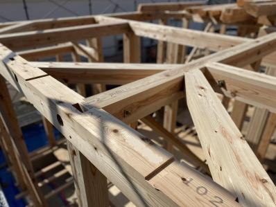 一階天井の火打材! スタイリッシュで快適な片屋根の住まい-福岡市南区