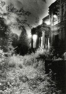 サイモン・マースデンの『幽霊城...