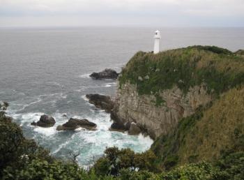 足摺岬展望台からの海と灯台