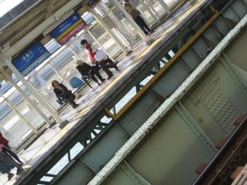 武庫川駅ホーム
