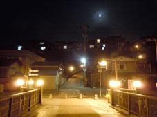 月と禅寺橋