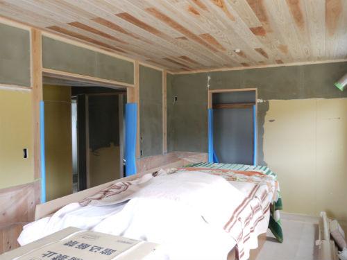 施工中1階寝室天井
