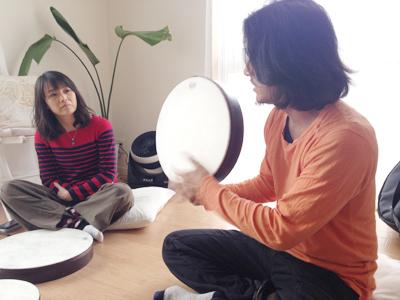 フレームドラムリズムサークル@逗子、Flow Naturally主催。講師はパーカッショニスト、なかもとまさお
