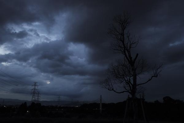 風雨近づく