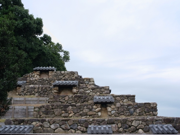 ストゥーパ − 頭塔.JPG