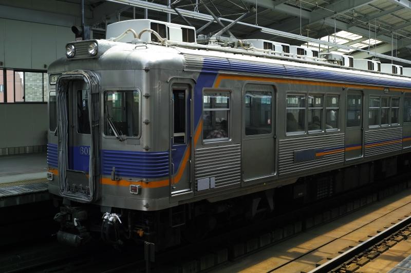 初期ステンレス電車.JPG