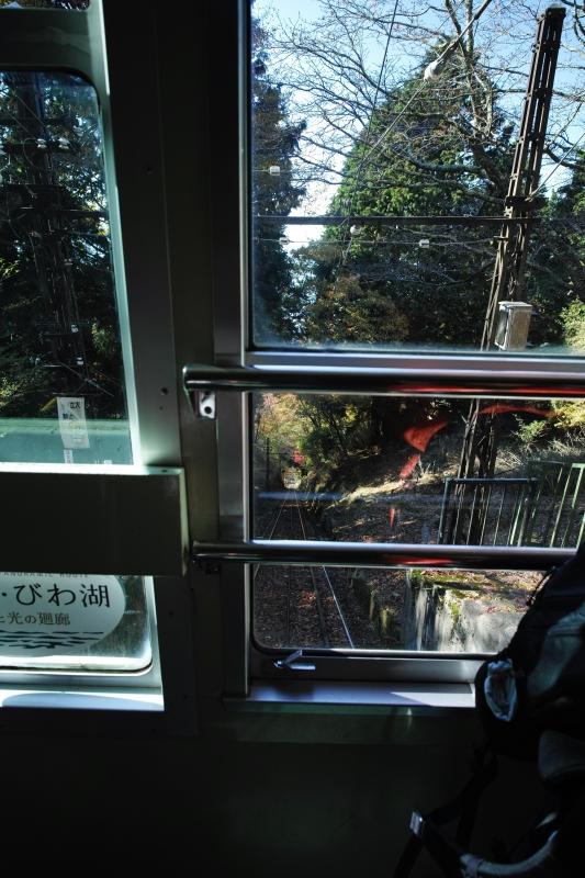 下りケーブルカー.JPG