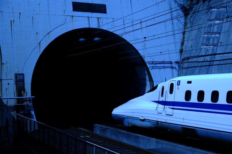神戸隧道出口.JPG